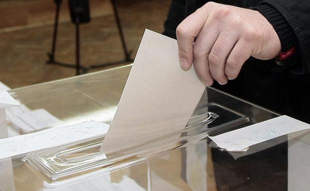 Димитриев: Одложувањето на изборите ја пролонгира кризата