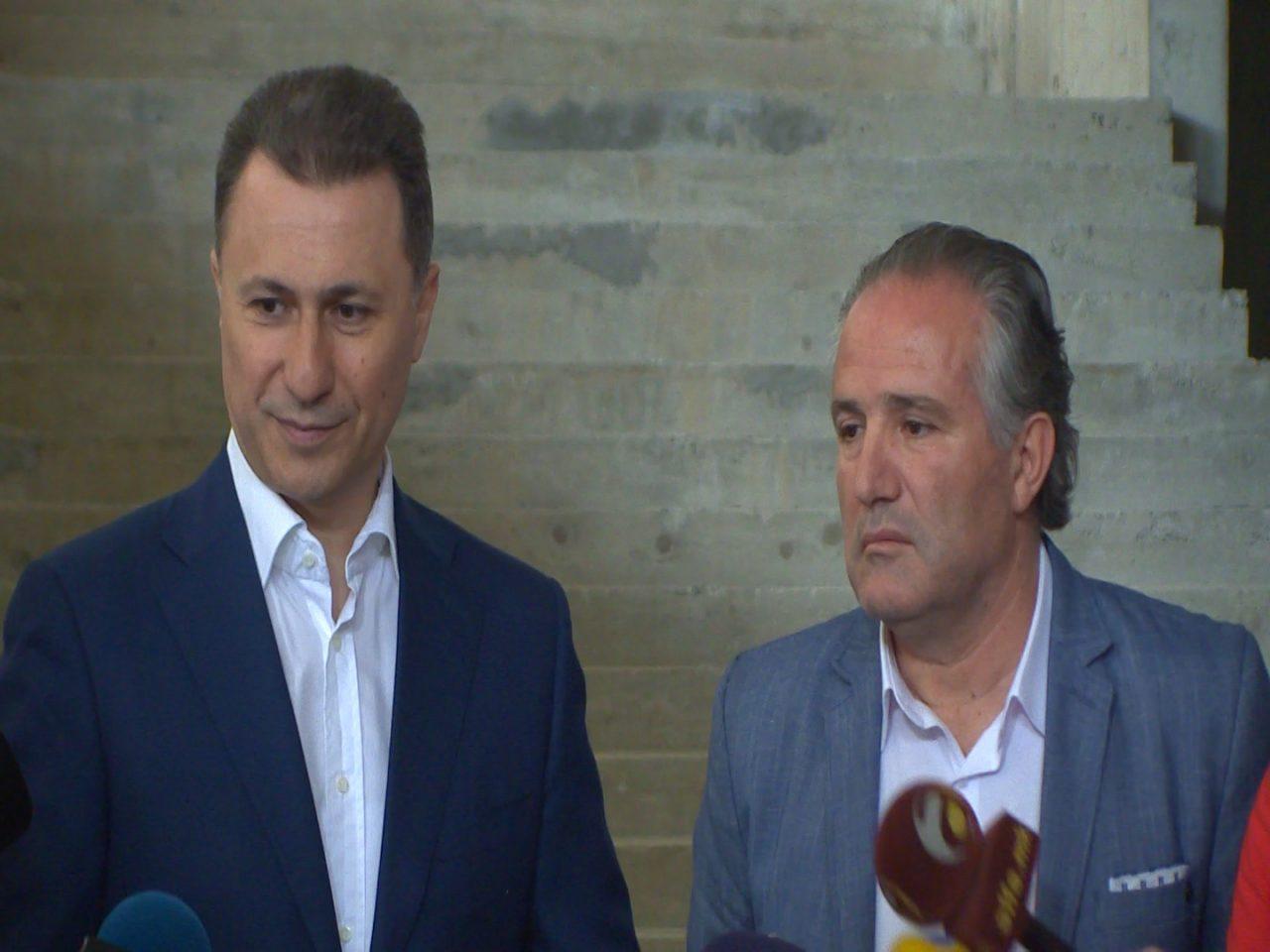 Груевски: 25.000 студенти веќе заборавија како е да се плаќа градски автобуски превоз