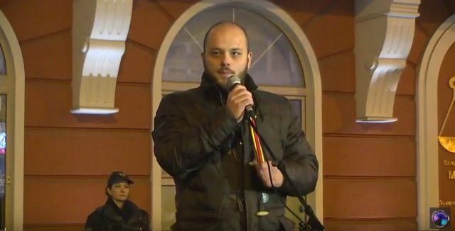 Костовски  Ќе останеме тука до самиот крај  а крајот е почитување на демократските принципи и слобода за сите кои беа уапсени на неправеден начин