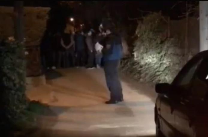 Протест пред куќата на Фросина Ременски, околу 60 полицајци го обезбедуваат имотот
